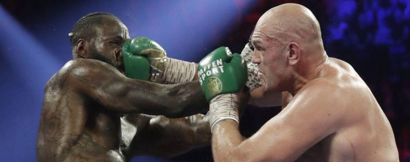 """Фьюри обвинили в мошенничестве с боксерскими перчатками, Тайсон во всем """"признался"""""""