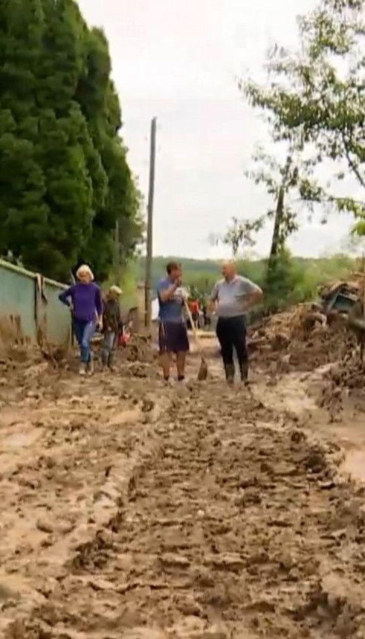 На Прикарпатті продовжують підраховувати збитки від повені