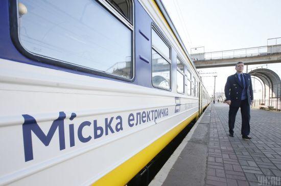Від сьогодні у Києві відновлюється кільцевий рух міської електрички