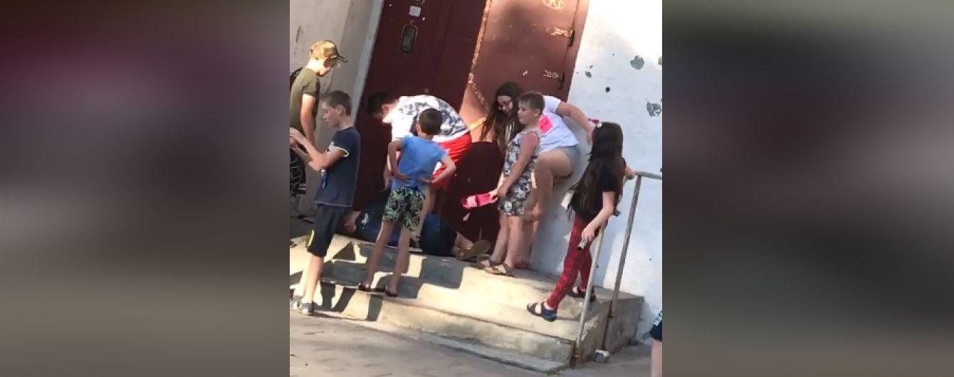 """""""Бей еще"""": во Львове группа детей напала и жестоко избила своего сверстника"""