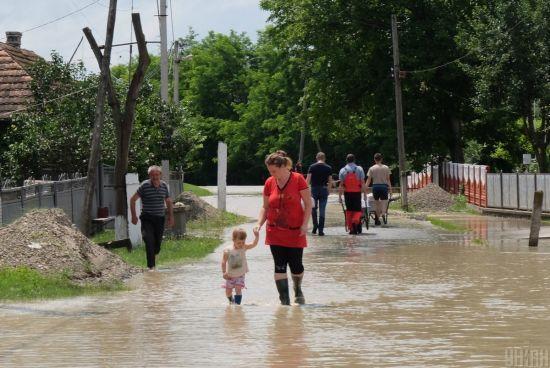 Україна потерпає від паводків: чи можна запобігти підтопленням та як запобігти лиху