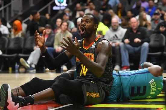 НБА планує транслювати матчі із затримкою, щоб вирізати матюки гравців