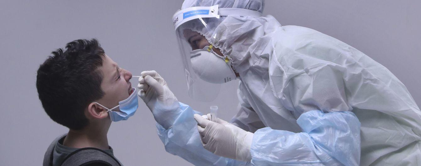 Из-за роста заболеваемости коронавирусом 300 тысяч жителей пригородов Мельбурна оказались в изоляции
