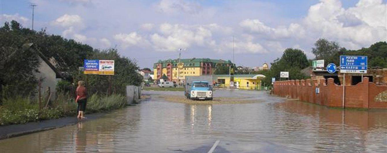 Большая вода сошла: в ГСЧС сообщили об отсутствии подтопленных зданий на Западной Украине