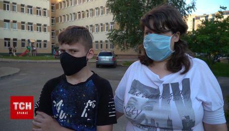 """""""Гралися у """"Козаків-розбійників"""": мати 11-річного хлопчика прокоментувала інцидент із сином"""