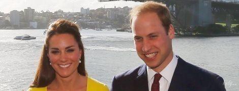 Она в красивом платье, он в расстегнутой рубашке: Кейт и Уильям Кембриджские вышли на видеосвязь