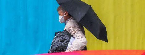 Коронавірус в Україні: кількість нових випадків за добу різко знизилась