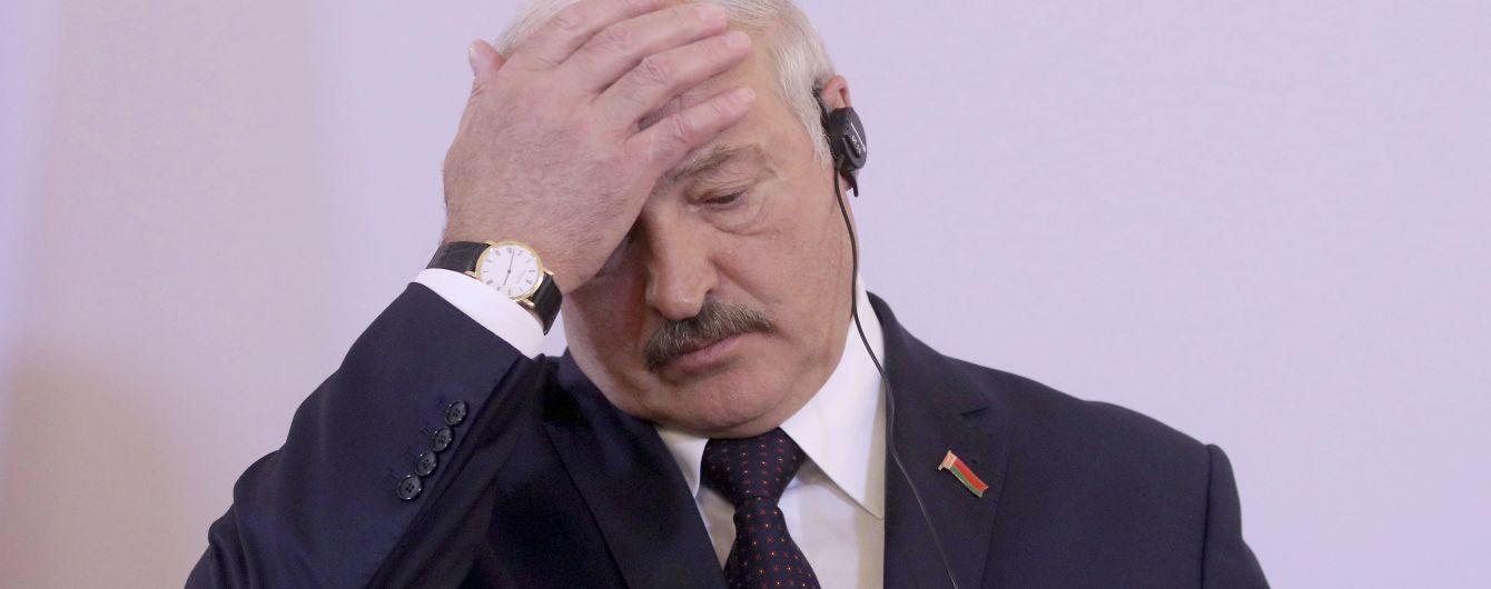"""Лукашенко посоветовал международным посредникам """"навести порядок у себя"""" прежде чем помогать Беларуси"""