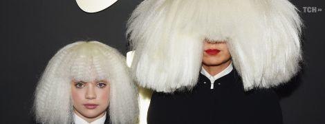 Співачка Sia розповіла, як врятувала дівчинку зі своїх кліпів від Гарві Вайнштейна