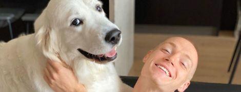 Забави у Дніпрі: Циганков показав, як вчить свого собаку плавати