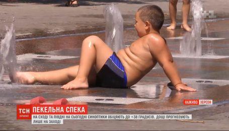 Жара в Украине: готовы ли люди к температурным рекордам и как их переносят
