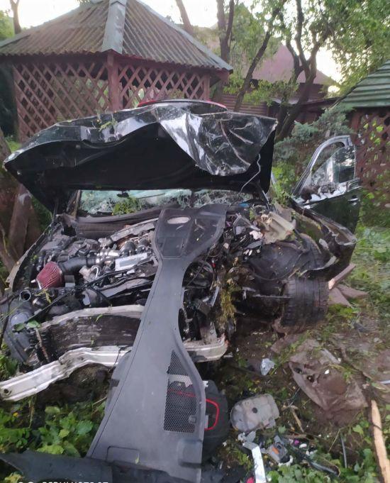 Зніс ліхтар і огорожу ресторану: п'яний 26-річний водій на Audi спричинив смертельну ДТП біля Львова