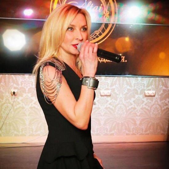 53-річна зірка 90-х Тетяна Овсієнко шокувала новиною, що стане матір'ю