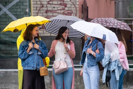 Грозові дощі та рекордна спека: прогноз погоди в Україні на 7 липня
