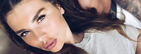 Анна Седокова больно упала во время съемок нового клипа