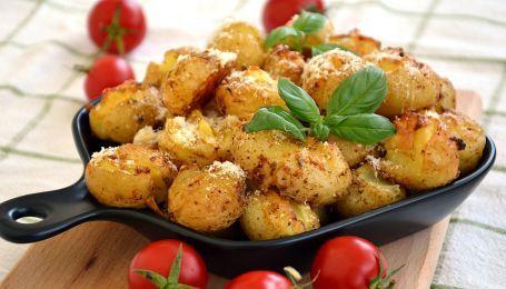 Молодая картошка запеченная со специями: гарнир без мороки
