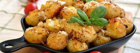 Молода картопля запечена зі спеціями: гарнір без мороки