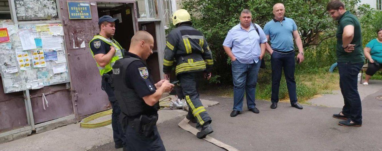 В Киеве горела многоэтажка: людей из-за утечки газа эвакуировали