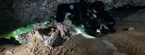 У Мексиці у підводних печерах виявили стародавню шахту віком 12 тисяч років