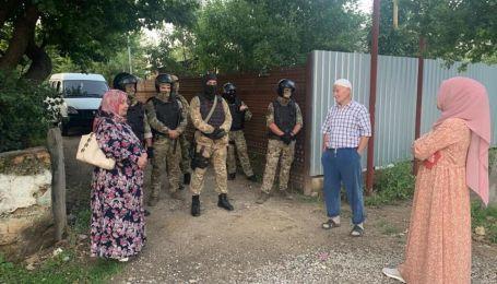 В анексированом Крыму правоохранители открыли дело из-за обысков крымских татар ФСБ России