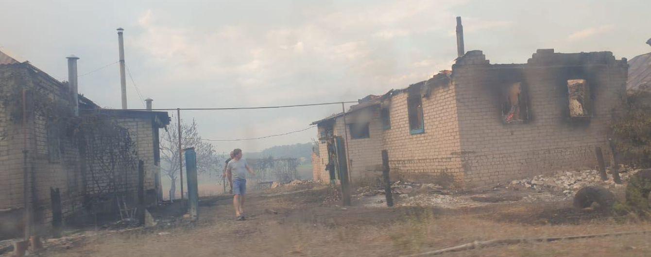 Пятеро погибших, 30 травмированных и 150 уничтоженных зданий: что известно о пожаре в Луганской области