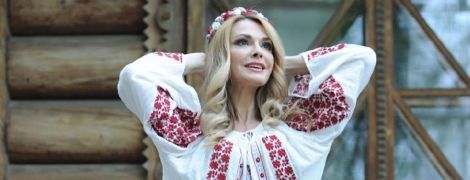 В вышиванке и с венком на голове: Ольга Сумская похвасталась красивым образом