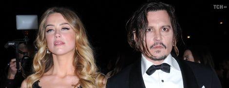 Виявив фекалії в ліжку: Джонні Депп шокував деталями подружнього життя з Ембер Герд