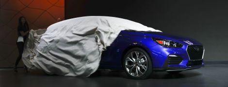 """Hyundai офіційно презентувала """"заряджений"""" седан Elantra"""