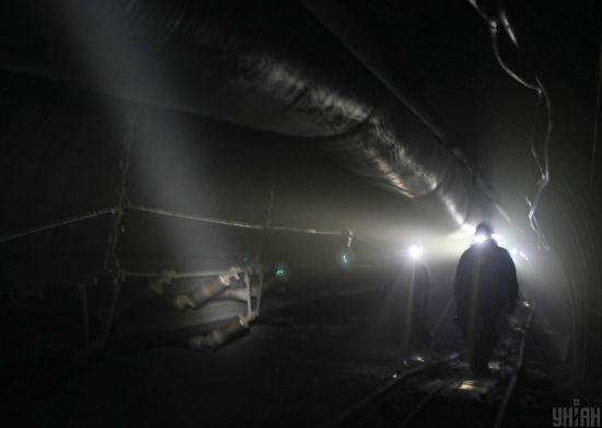 У Донецькій області шахтаря на смерть засипало породою