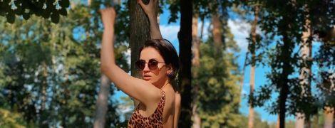 В леопардовом купальнике: смелая Оля Цибульская похвасталась фигурой