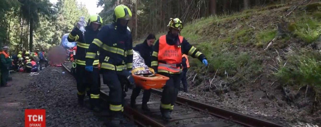 Аварія потягів у Чехії: причиною ДТП став людський фактор