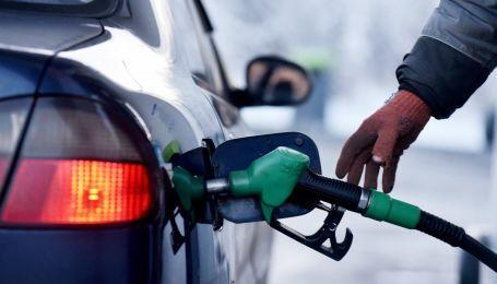 В Украине продолжает дорожать бензин и дизельное топливо: какая сейчас их цена