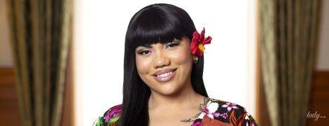 В цветочном платье с декольте и разрезом: новозеландский хореограф в роскошном аутфите получила награду
