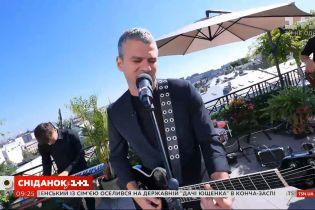 "Арсен Мирзоян рассказал о звании заслуженного артиста Украины и спел в ""Сніданку з 1+1"""