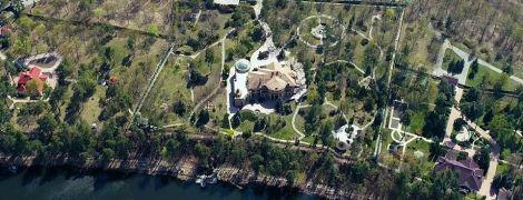 """""""Кінець епохи бідності"""": журналісти показали триповерховий маєток в Конча-Заспі, де оселився Зеленський"""