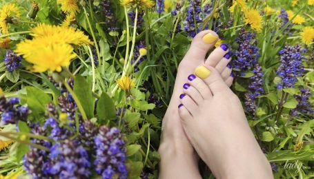 5 модных идей педикюра: как красить ногти этим летом