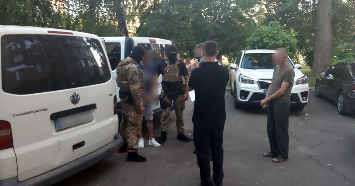 """Один из подозреваемых во взрыве и ограблении авто """"Укрпочты"""" является работником этой компании - СМИ"""