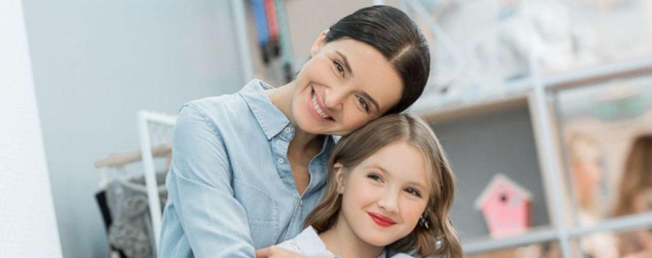 10-летняя дочь Валентины Хамайко сбрила волосы