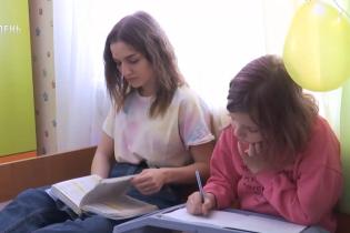 В Україні суперечки про дистанційне навчання дійшли майже до точки кипіння: на що чекати та які ризики