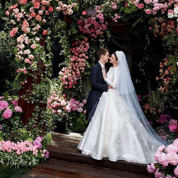 Свадебные платья моделей_14