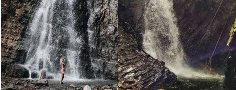 Гуркітливі та величні: мініподорож до Манявського водоспаду та Женецького Гука на Франківщині