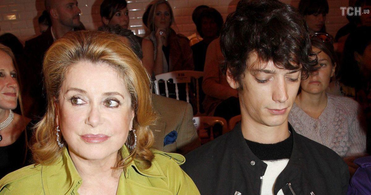 Внука легендарной Катрин Денев задержали из-за связи с итальянской мафией
