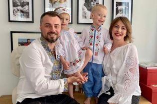 """""""Самые настоящие подарочки"""": Елена Кравец умилила снимком подросших двойняшек"""