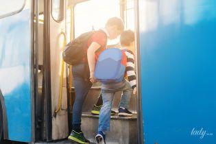 Как и зачем учить ребенка правилам езды в общественном транспорте