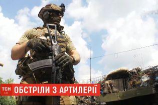 Фронтові зведення: від кульового поранення загинув український боєць, бойовики продовжують обстріли