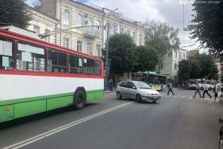 На месте захвата автобуса в Луцке прозвучала очередь выстрелов
