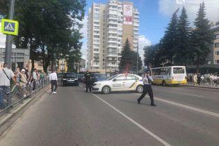 Захват автобуса в Луцке: появилось видео с места событий