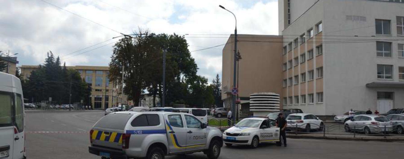 Захват заложников в Луцке: журналист заявил, что ему якобы позвонил террорист