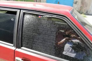 В Кременчуге неизвестные злоумышленники обстреляли автомобиль