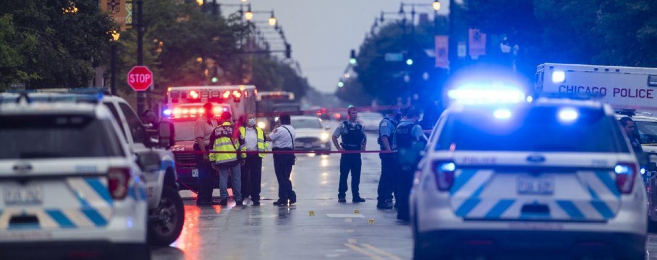 В результате массовой стрельбы во время похорон в США пострадали 14 человек